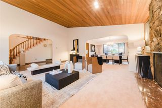"""Photo 3: 7623 LAWRENCE Drive in Burnaby: Montecito House for sale in """"Montecito"""" (Burnaby North)  : MLS®# R2411935"""