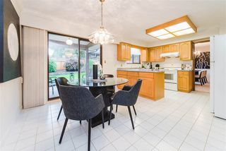 """Photo 7: 7623 LAWRENCE Drive in Burnaby: Montecito House for sale in """"Montecito"""" (Burnaby North)  : MLS®# R2411935"""