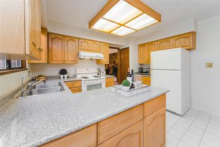 """Photo 8: 7623 LAWRENCE Drive in Burnaby: Montecito House for sale in """"Montecito"""" (Burnaby North)  : MLS®# R2411935"""