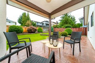 """Photo 13: 7623 LAWRENCE Drive in Burnaby: Montecito House for sale in """"Montecito"""" (Burnaby North)  : MLS®# R2411935"""