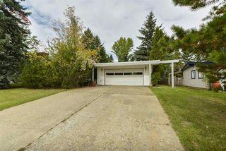 Photo 2: 44 FAIRWAY Drive in Edmonton: Zone 16 House for sale : MLS®# E4177644