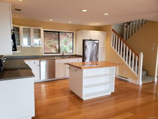 Photo 3: 3956 Bovanis Rd in BOWSER: PQ Bowser/Deep Bay House for sale (Parksville/Qualicum)  : MLS®# 830004
