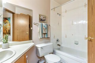 "Photo 17: 203 13870 102 Avenue in Surrey: Whalley Townhouse for sale in ""Glendale Village"" (North Surrey)  : MLS®# R2427196"