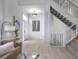 Photo 8: 1 9745 92 Street in Edmonton: Zone 18 Townhouse for sale : MLS®# E4191802