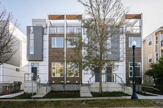 Photo 2: 1 9745 92 Street in Edmonton: Zone 18 Townhouse for sale : MLS®# E4191802