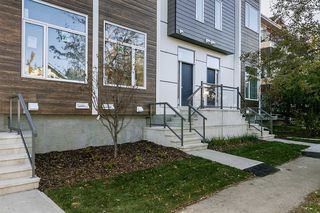 Photo 3: 1 9745 92 Street in Edmonton: Zone 18 Townhouse for sale : MLS®# E4191802