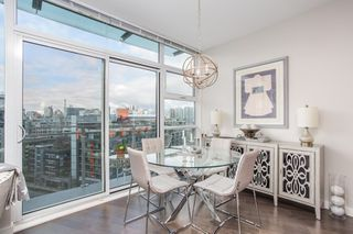 "Photo 12: 1201 88 W 1ST Avenue in Vancouver: False Creek Condo for sale in ""The One"" (Vancouver West)  : MLS®# R2460479"