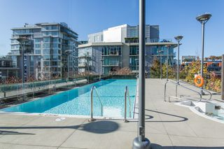 "Photo 25: 1201 88 W 1ST Avenue in Vancouver: False Creek Condo for sale in ""The One"" (Vancouver West)  : MLS®# R2460479"