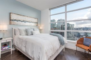 "Photo 19: 1201 88 W 1ST Avenue in Vancouver: False Creek Condo for sale in ""The One"" (Vancouver West)  : MLS®# R2460479"