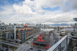 "Photo 6: 1201 88 W 1ST Avenue in Vancouver: False Creek Condo for sale in ""The One"" (Vancouver West)  : MLS®# R2460479"