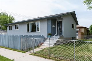Photo 1: 1509 Madeline Street in Winnipeg: West Transcona Residential for sale (3L)  : MLS®# 202013904