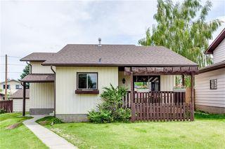 Main Photo: 155 BERMUDA Way NW in Calgary: Beddington Heights Detached for sale : MLS®# C4305452