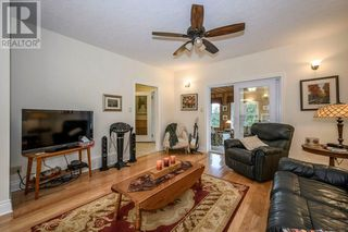 Photo 7: 21715 CONCESSION 2 ROAD in Bainsville: House for sale : MLS®# 1211995