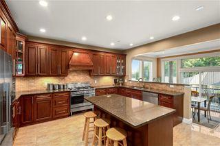 Photo 3: 2215 Spirit Ridge Dr in : La Bear Mountain House for sale (Langford)  : MLS®# 860545