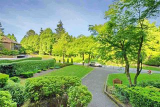 """Photo 8: 402 10662 151A Street in Surrey: Guildford Condo for sale in """"Lincoln's Hill"""" (North Surrey)  : MLS®# R2520594"""