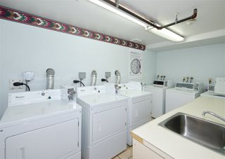 """Photo 6: 402 10662 151A Street in Surrey: Guildford Condo for sale in """"Lincoln's Hill"""" (North Surrey)  : MLS®# R2520594"""