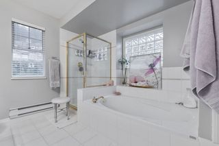 """Photo 15: 38 2979 PANORAMA Drive in Coquitlam: Westwood Plateau Townhouse for sale in """"DEERCREST"""" : MLS®# R2523689"""