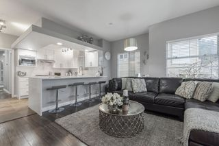 """Photo 2: 38 2979 PANORAMA Drive in Coquitlam: Westwood Plateau Townhouse for sale in """"DEERCREST"""" : MLS®# R2523689"""