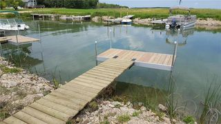 Photo 1: 13 Crossley Bay in The Narrows: Lake Manitoba Narrows Residential for sale (R19)  : MLS®# 202100429