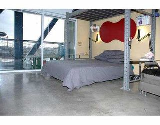 "Photo 5: 213 237 E 4TH AV in Vancouver: Mount Pleasant VE Condo for sale in ""ARTWORKS"" (Vancouver East)  : MLS®# V572913"