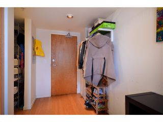 "Photo 7: 302 933 SEYMOUR Street in Vancouver: Downtown VW Condo for sale in ""THE SPOT"" (Vancouver West)  : MLS®# V920608"