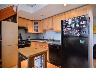 "Photo 4: 302 933 SEYMOUR Street in Vancouver: Downtown VW Condo for sale in ""THE SPOT"" (Vancouver West)  : MLS®# V920608"