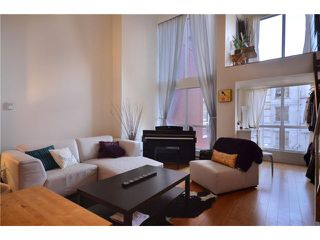 "Photo 3: 302 933 SEYMOUR Street in Vancouver: Downtown VW Condo for sale in ""THE SPOT"" (Vancouver West)  : MLS®# V920608"