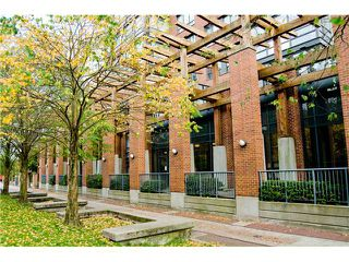 Photo 10: 3E 139 DRAKE Street in Vancouver: Yaletown Condo for sale (Vancouver West)  : MLS®# V977028