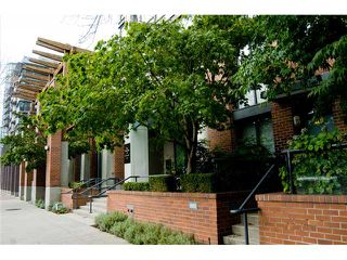 Photo 9: 3E 139 DRAKE Street in Vancouver: Yaletown Condo for sale (Vancouver West)  : MLS®# V977028