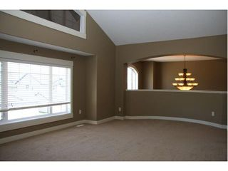 Photo 10: 142 Topaz Gate in Chestermere: Rainbow Falls Residential Detached Single Family for sale : MLS®# C3484776