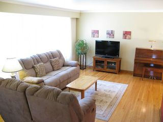 Photo 2: 22 Baldry Bay in Winnipeg: Residential for sale : MLS®# 1308613