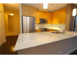 "Photo 7: 802 110 BREW Street in Port Moody: Port Moody Centre Condo for sale in ""ARIA 1"" : MLS®# V1039932"