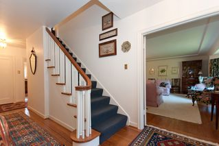 Photo 2: 2910 West 47th Avenue in Vancouver: Kerrisdale Home for sale ()  : MLS®# v880171