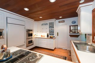 Photo 9: 2910 West 47th Avenue in Vancouver: Kerrisdale Home for sale ()  : MLS®# v880171