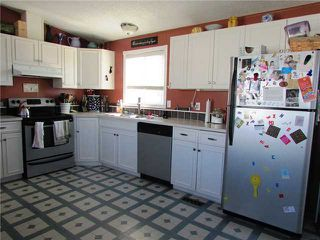 "Photo 2: 10339 102ND Street: Taylor Manufactured Home for sale in ""TAYLOR"" (Fort St. John (Zone 60))  : MLS®# N234813"