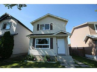Photo 2: 104 CASTLEBROOK Road NE in CALGARY: Castleridge Residential Detached Single Family for sale (Calgary)  : MLS®# C3609521