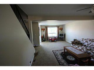 Photo 8: 104 CASTLEBROOK Road NE in CALGARY: Castleridge Residential Detached Single Family for sale (Calgary)  : MLS®# C3609521