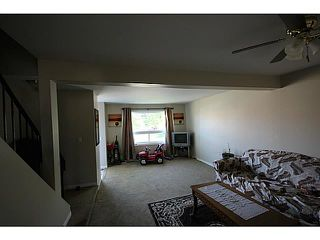 Photo 4: 104 CASTLEBROOK Road NE in CALGARY: Castleridge Residential Detached Single Family for sale (Calgary)  : MLS®# C3609521