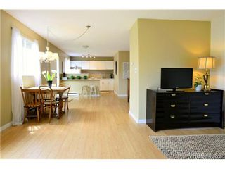 Photo 8: 12 10070 Fifth Street in SIDNEY: Si Sidney North-East Townhouse for sale (Sidney)  : MLS®# 337945