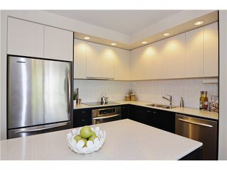 "Photo 6: 215 750 W 12TH Avenue in Vancouver: Fairview VW Condo for sale in ""TAPESTRY"" (Vancouver West)  : MLS®# V1069367"