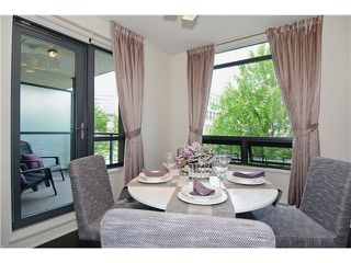 "Photo 5: 215 750 W 12TH Avenue in Vancouver: Fairview VW Condo for sale in ""TAPESTRY"" (Vancouver West)  : MLS®# V1069367"