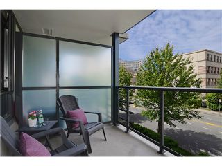 "Photo 12: 215 750 W 12TH Avenue in Vancouver: Fairview VW Condo for sale in ""TAPESTRY"" (Vancouver West)  : MLS®# V1069367"
