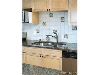 Photo 11: 701 819 Burdett Ave in VICTORIA: Vi Downtown Condo for sale (Victoria)  : MLS®# 685027