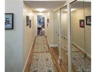 Photo 14: 701 819 Burdett Ave in VICTORIA: Vi Downtown Condo for sale (Victoria)  : MLS®# 685027