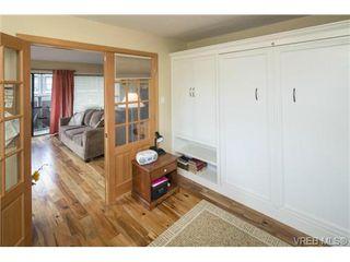 Photo 7: 701 819 Burdett Ave in VICTORIA: Vi Downtown Condo for sale (Victoria)  : MLS®# 685027