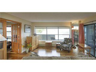 Photo 4: 701 819 Burdett Ave in VICTORIA: Vi Downtown Condo for sale (Victoria)  : MLS®# 685027