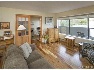 Photo 2: 701 819 Burdett Ave in VICTORIA: Vi Downtown Condo for sale (Victoria)  : MLS®# 685027