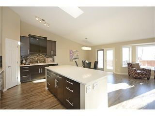 Photo 7: 108 VALLEY RIDGE Heights NW in Calgary: Valley Ridge Residential Attached for sale : MLS®# C3644362