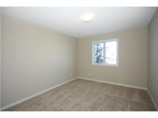Photo 14: 108 VALLEY RIDGE Heights NW in Calgary: Valley Ridge Residential Attached for sale : MLS®# C3644362