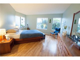 "Photo 7: 408 65 FIRST Street in New Westminster: Downtown NW Condo for sale in ""KINNAIRD PLACE"" : MLS®# V1104914"